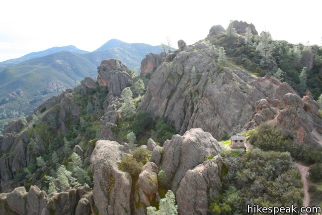 High Peaks – Condor Gulch Loop in Pinnacles National Park
