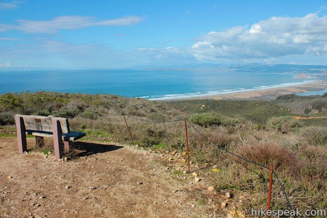 This 6-mile hike in Montaña de Oro State Park ascends coastal ridges to a 1,076-foot summit with panoramic views that include a dynamic perspective of Morro Bay.