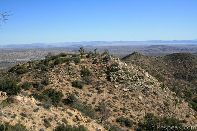 This 5.5-mile hike summits a peak with impressive views over the west side of Joshua Tree National Park.