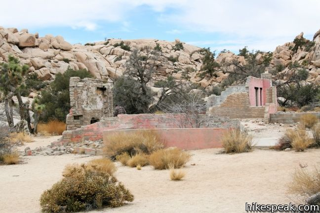 This 2.1-mile hike travels past the ruins of Wonderland Ranch up a use trail into the Wonderland of Rocks in Joshua Tree National Park.