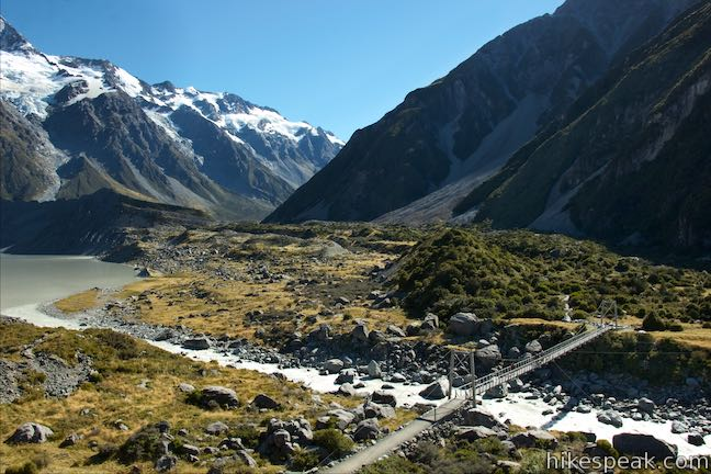 Hooker Valley Track Swing Bridge