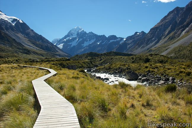 Mount Cook Hooker Valley Track