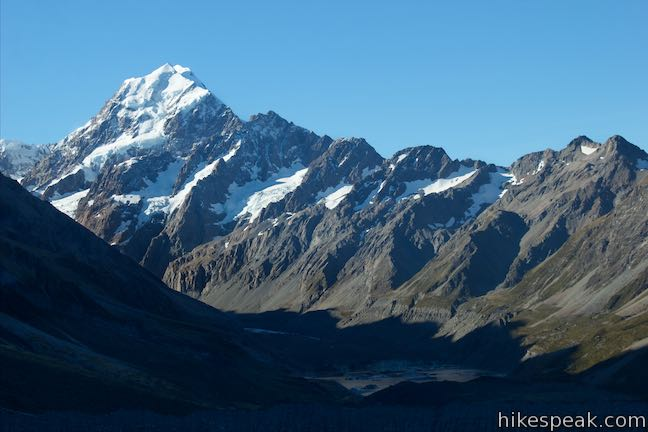 Sealy tarns new zealand hikespeak mount cook publicscrutiny Image collections