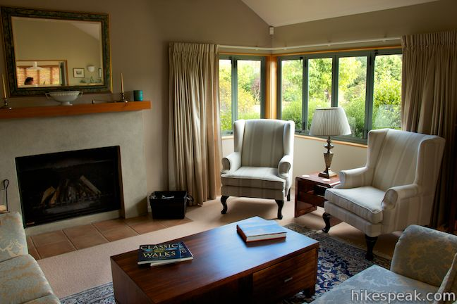 Whakaipo Lodge living room