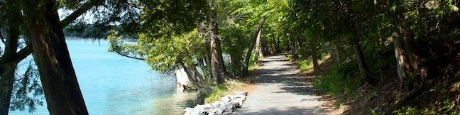 Green Lakes State Park New York hike Green Lake Trail Round Lake Loop