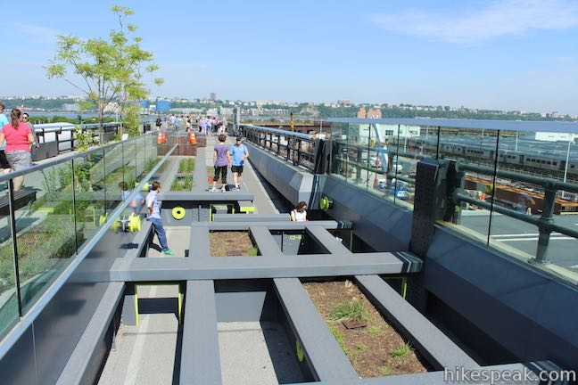 High Line Trail Pershing Square Beams Play Area
