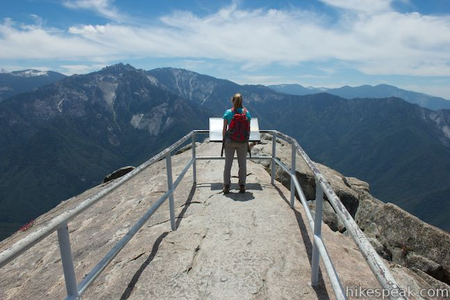 Hiking Sequoia and Kings Canyon National Parks Regional Hiking Series