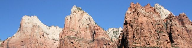 Court of the Patriarchs Viewpoint short hike Zion National Park Utah Trail