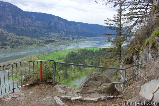 Beacon Rock Trail Viewpoint