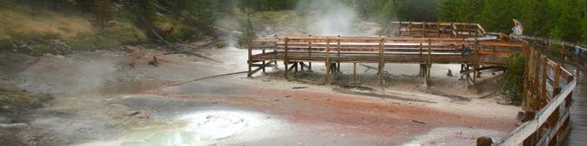 Artists' Paintpots Trail Yellowstone National Park hydrothermal hike
