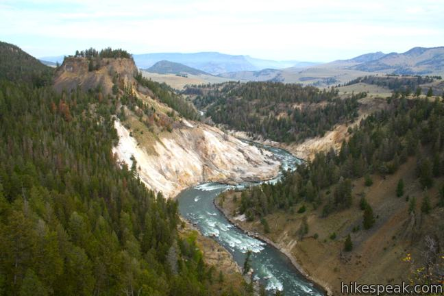 Calcite Springs Overlook in Yellowstone National Park