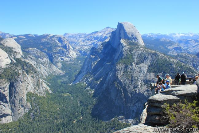 This 0.25-mile walk reaches a 7,214-foot overlook that provides incredible views across Yosemite Valley.