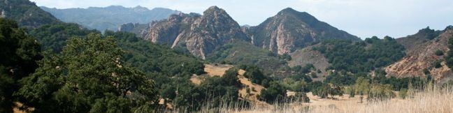 For a pleasant 3-mile hike through Malibu Creek State Park with just 175 feet of elevation gain, consider this lollypop loop to Rock Pool beginning from the Grassland Trailhead.