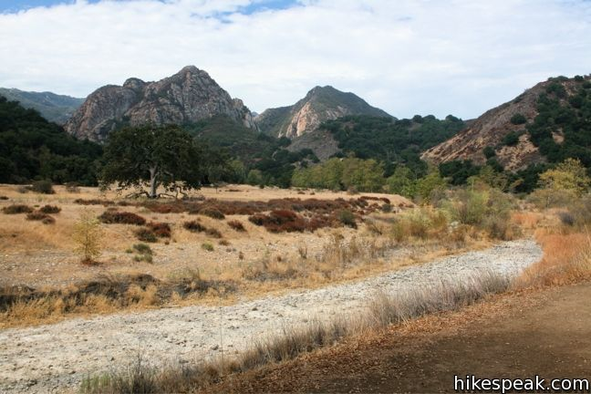 Grassland Trail to Crags Road and Rock Pool in Malibu Creek State Park