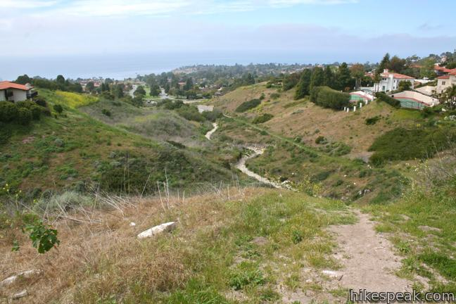 This 1 to 1.9-mile trail explores an overgrown canyon between two residential ridges inland of Lunada Bay on Palos Verdes Peninsula.