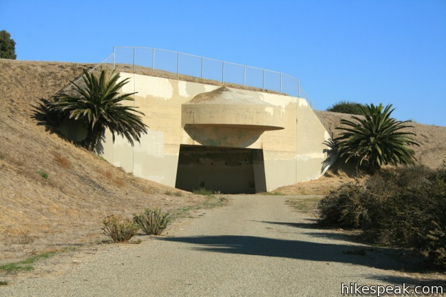 This 1 to 2.5-mile loop on Palos Verdes Peninsula explores an open space containing a military bunker built to defend the west coast during World War II.