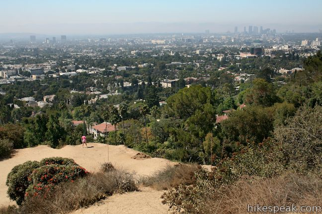 Runyon Canyon Trail Hollywood