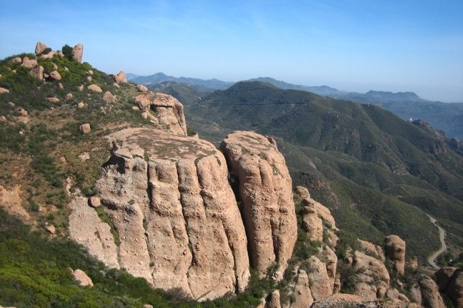 This 6.25-mile loop summits the tallest peak in the Santa Monica Mountains with sweeping 360-degree views.